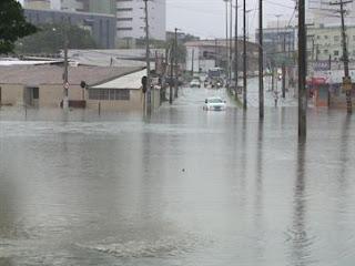 Chuva em toda PB; tempo deve permanecer chuvoso pelo menos até quinta (25) em todas as regiões do Estado