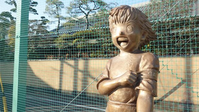 Patung Tsubasa Ozora.jpg