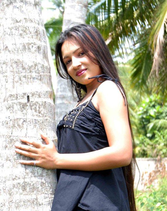 srilankan bigtits nude pics