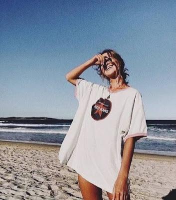 poses para fotos na praia vsco girl