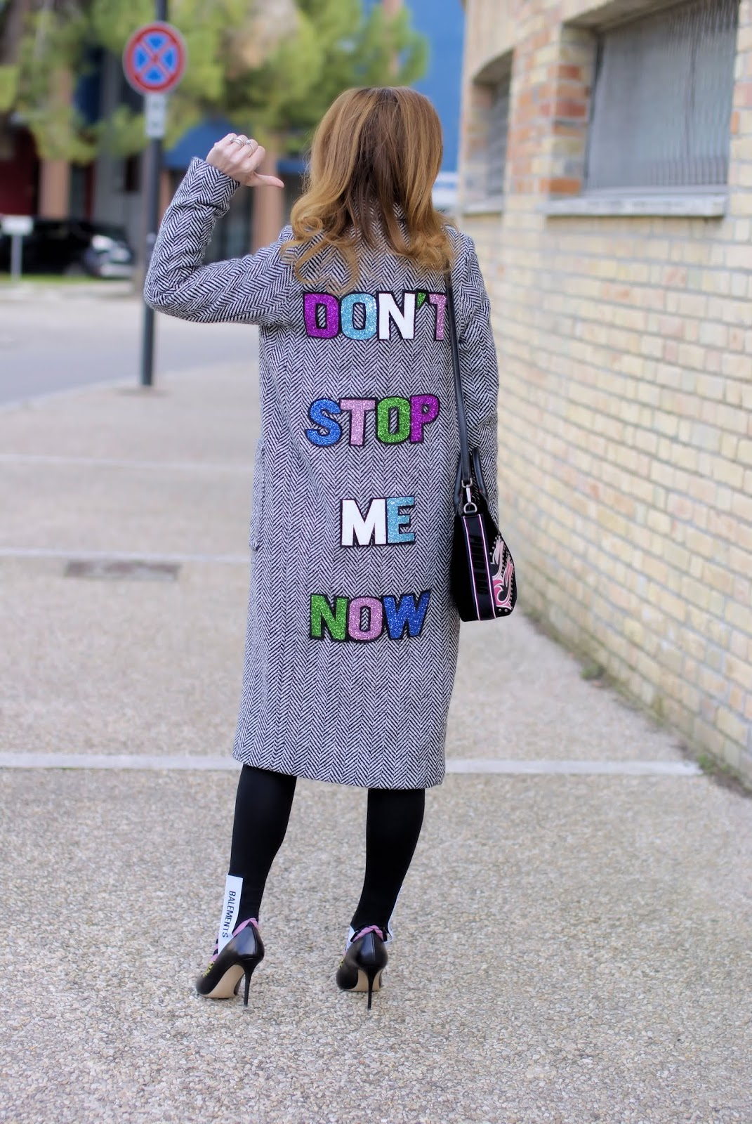 Don't stop me now: last outfit of 2018 with stirrup leggings on Fashion and Cookies fashion blog, fashion blogger style