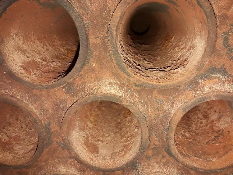 Corrosión dentro de una caldera o generador de vapor