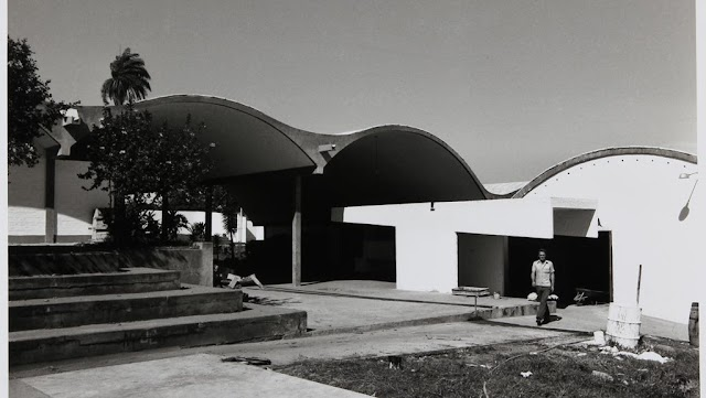 Arquitetos que denunciaram exploração dos candangos na construção de Brasília são destaque da Bienal de Orléans