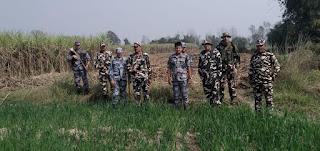 सुरक्षा के मद्देनजर भारत-नेपाल बार्डर पर दोनों देशों की हुई संयुक्त पेट्रोलिंग