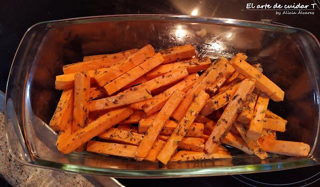 Lasaña ligera y sabrosa de calabaza, sin gluten ni lactosa, con batatas al horno de guarnición