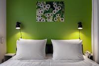 Дизайн отеля хостел гостиница Live номер столовая Екатеринбург Красноармейская Dulisov design студия интерьер hotel hostel interior