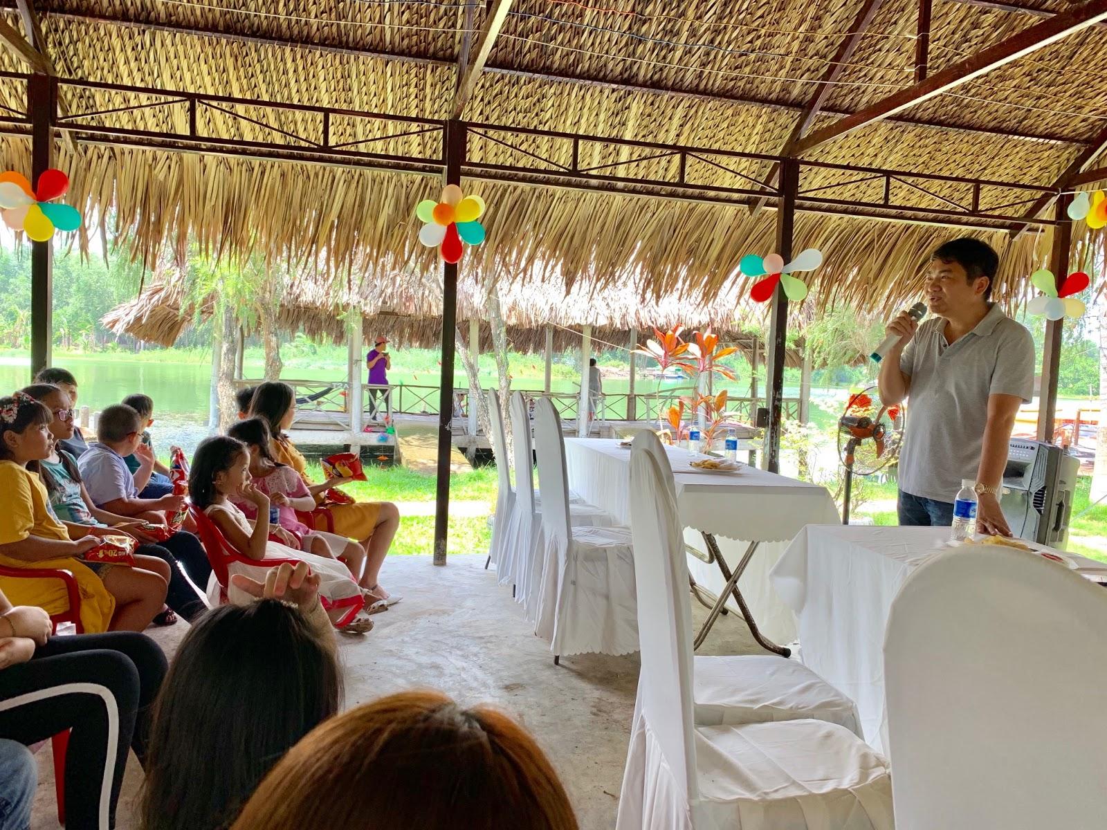 Thép Bắc Việt khen thưởng con CBCNV đạt thành tích cao trong năm học 2018-2019