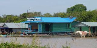 Escuela camboyana de Kompong Khleang.