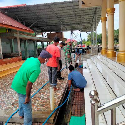 Forum Pemuda Glumpang Baro Gotong Royong Dimesjid Dalam Kecamatan Glumpang Baro