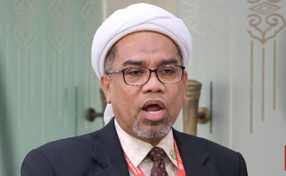 Ngatain Yahya Waloni Sampah Buangan, Ngabalin: Sok Pintar Padahal Ilmunya Dangkal!