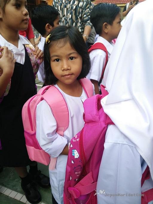 Cool school Afrina