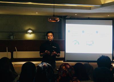 Hadi Gunawan sebagai Consumer Master Microsoft Indonesia