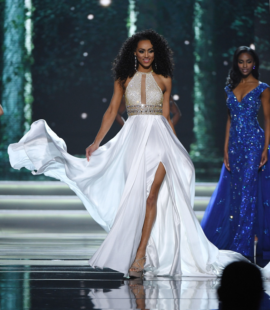 SASHES AND TIARAS.....Miss USA 2017 Finals: The EVENING GOWN RECAP ...