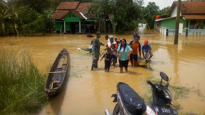 Tanggul Sungai Jebol, 2.608 KK Wilayah Gandrungmangu Banjir