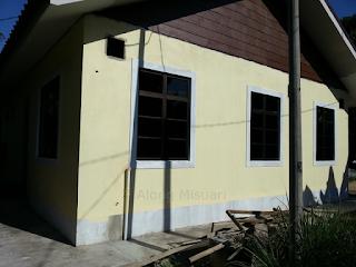 Rumah Idaman : Pemasangan Tingkap Rumah