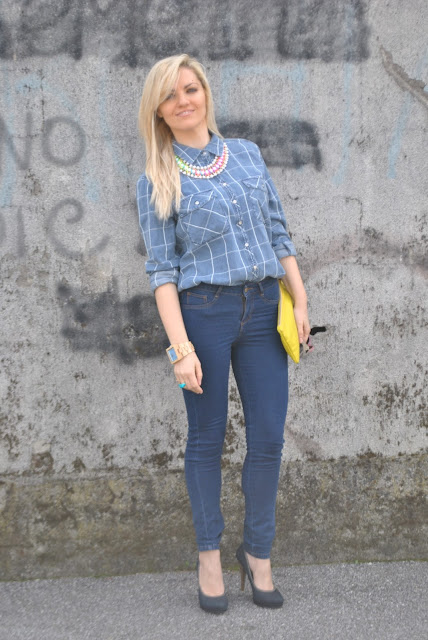 outfit camicia jeans come abbinare la camicia jeans abbinamenti camicia jeans denim shirt how to wear denim shirt how to combine denim shirt spring outfit outfit aprile 2016 outfit primaverili mariafelicia magno fashion blogger color block by felym fashion blogger italiane fashion blog italiani fashion blogger milano blogger italiane blogger italiane di moda blog di moda italiani ragazze bionde blonde hair blondie blonde girl fashion bloggers italy italian fashion bloggers influencer italiane italian influencer