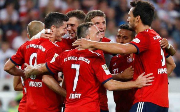 Bayern Munich crush Borussia Moenchengladbach 5-1 to join Dortmund at top