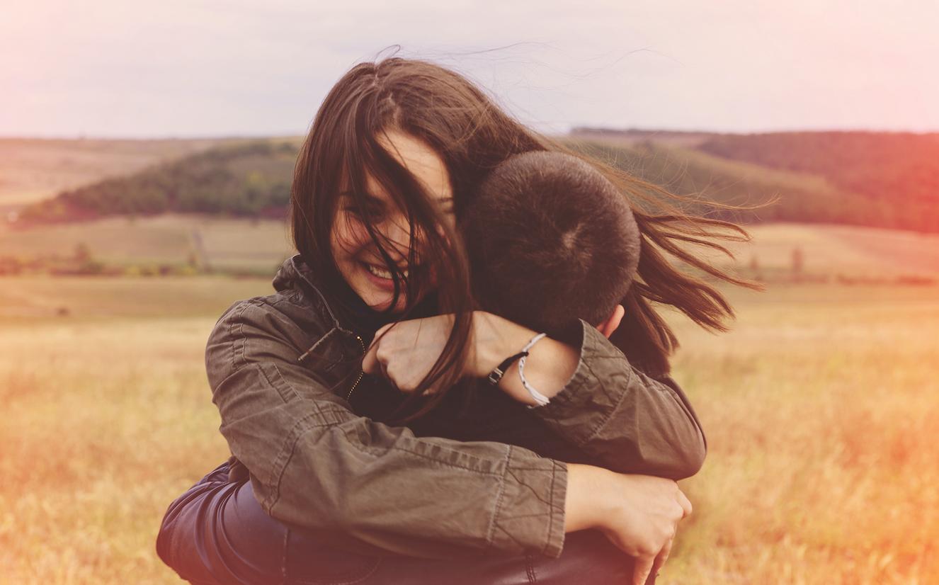 ljubavni zagrljaji slike