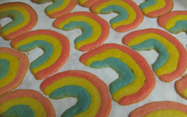 Care Bear Rainbow Cookies 1