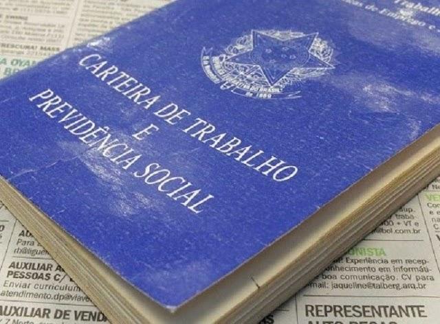 Taxa de desemprego fica em 14,1% no trimestre até novembro, afirma IBGE