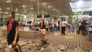 megahnya bandara di singapura