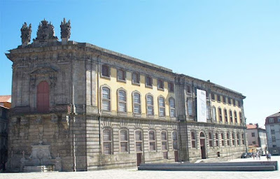 Prédio histórico do Centro Português de Fotografia