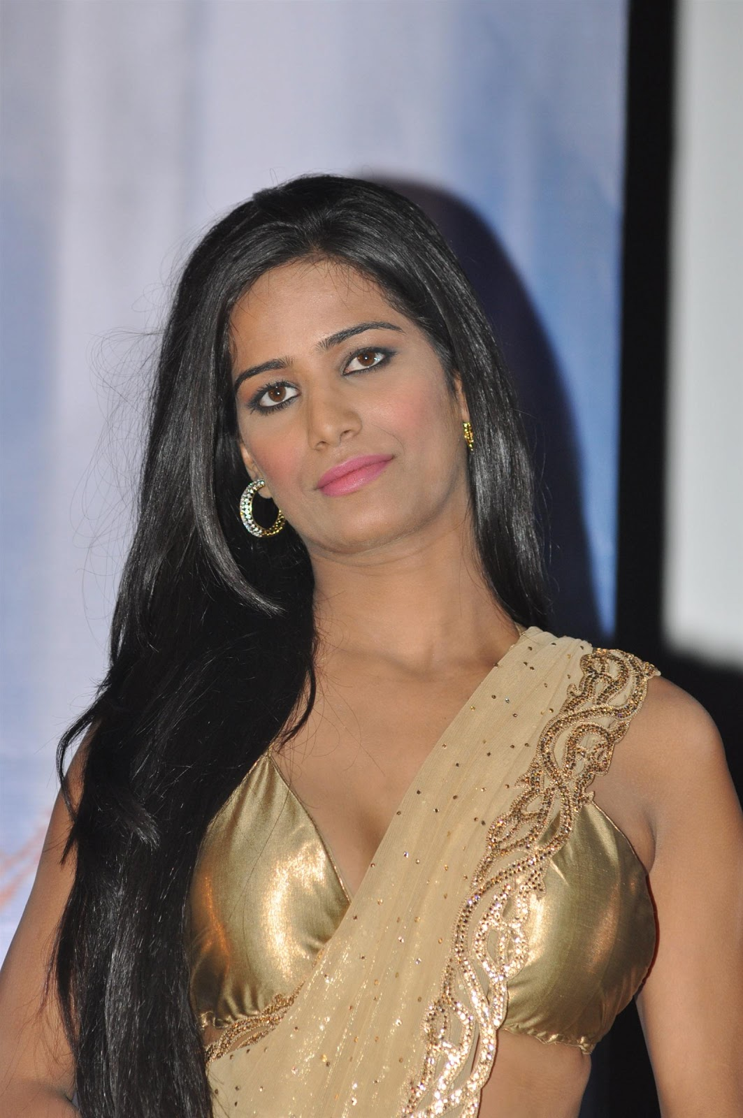 Poonam Pandey – Raag.fm Bollywood News | Collection ...