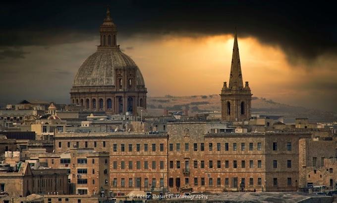 Valletta - dark yet always beautiful