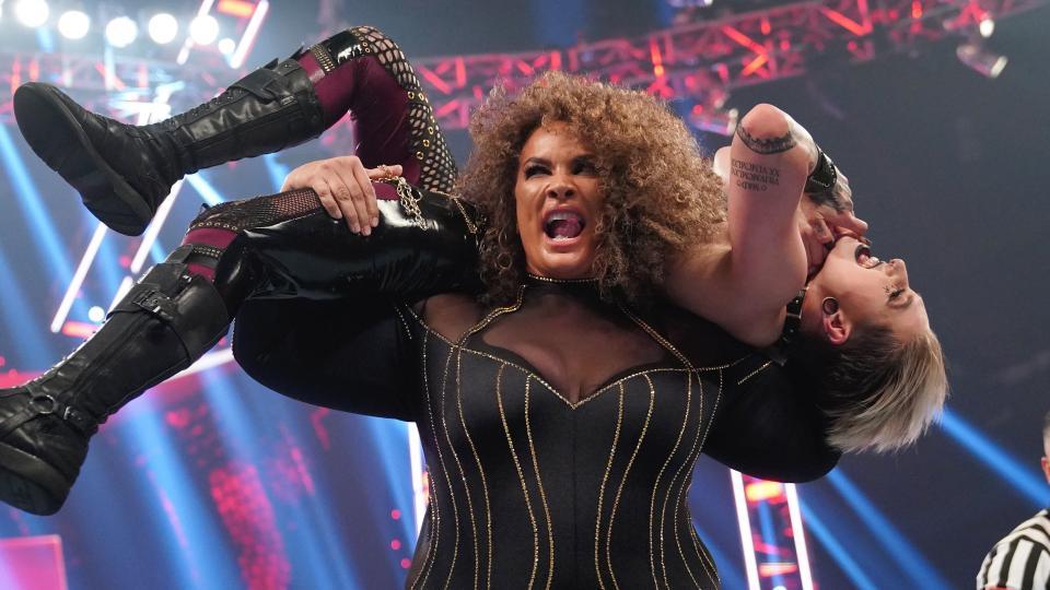 Nia Jax deverá receber futura chance pelo RAW Women's Championship