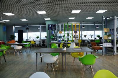 Địa chỉ bán bàn ghế setup văn phòng co-working space tại HCM - 7