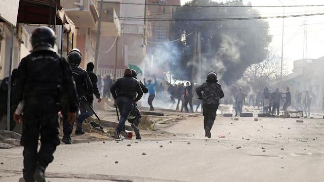 Tunisie : Immolation par le feu d'un Journaliste