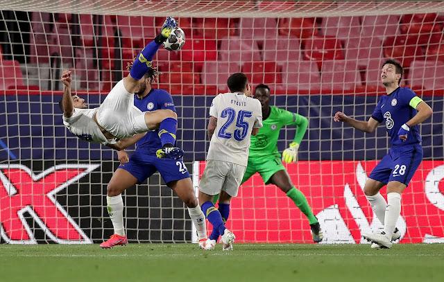 Mehdi Taremi scores overhead kick goal during porto vs chelsea in the champions league