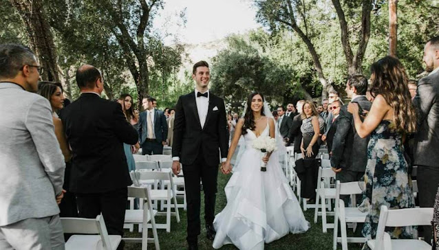 how to choose photographer wedding los angeles ca best photography top marriage photoshoot