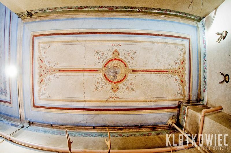 Świebodzice: malowany sufit