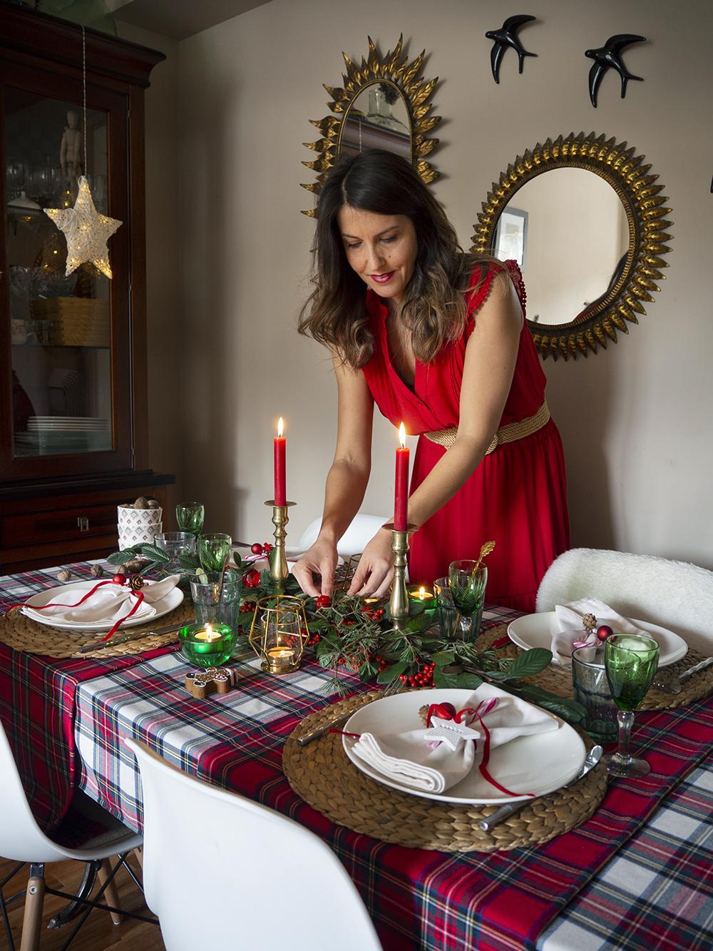 Nuestra mesa navideña en cuadros escoceses3