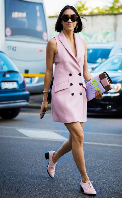 pink dress street style