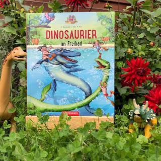 """""""Dinosaurier im Freibad"""" aus dem Coppenrath Verlag"""