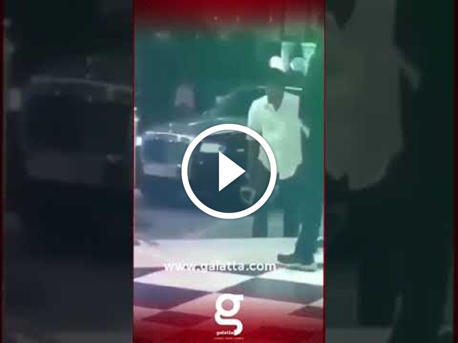 VIDEO: Rolls-Royce Car-ல் வந்து Mass Entry கொடுத்த தளபதி விஜய்!