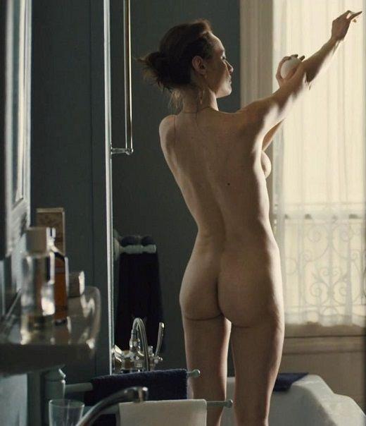 Famosas Desnudas Natalia Verbeke Desnuda En La Película Las Chicas
