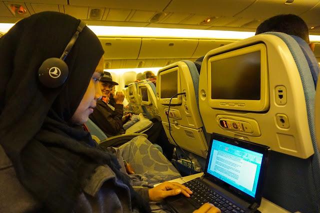 Ingin punya laptop ringan buat traveling (3). Source: jurnaland.com