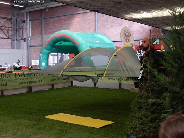 Tende sospese per un campeggio sostenibile