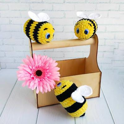 Вязаная пчёлка амигуруми