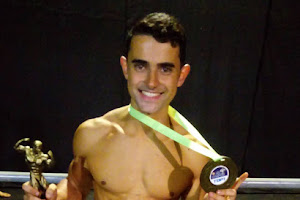 Ramon Cabral é campeão Body Shape Sênior do Mr. Campos 2017