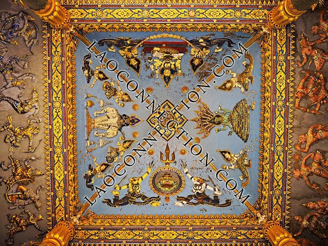 Patusai in Vientiane - ceiling artwork