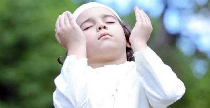 'Baca Dua Ayat Ini Tiap Malam, Insya Allah Rezeki Lancar 7 Keturunan Tak Habis'