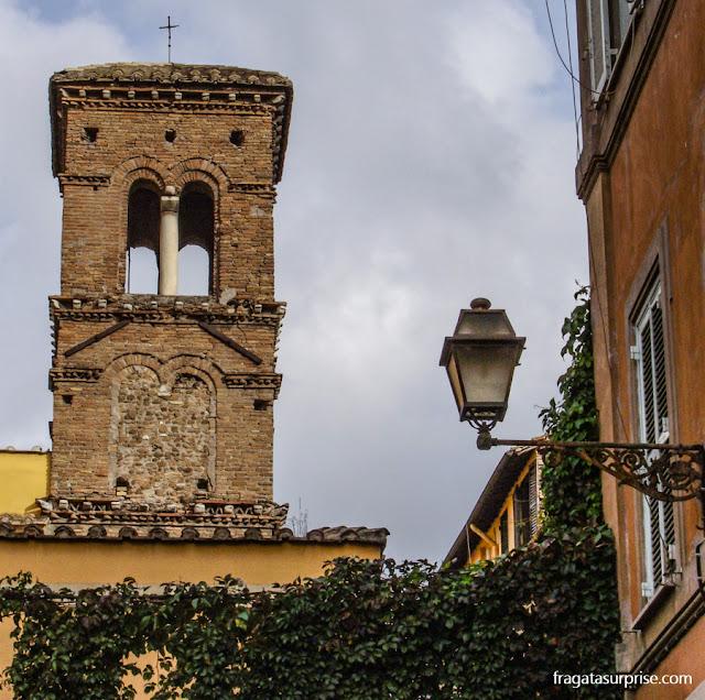 Campanário da Igreja de Santa Maria in Trastevere, Roma
