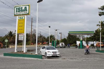 No hay viernes negro para combustibles; suben precios de todos
