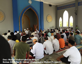 Bisnis, Relasi Bisnis, Sholat Berjamaah Di Masjid