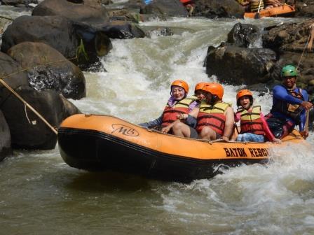 Rafting di Bogor