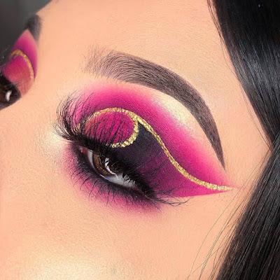 Maquillaje rosa con negro